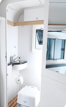 Prysznic, toaleta, lub praktyczna przestrzeń ładunkowa – tu wszystko jest możliwe